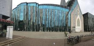 Verglast, modern, hübsch - die Uni Leipzig von außen