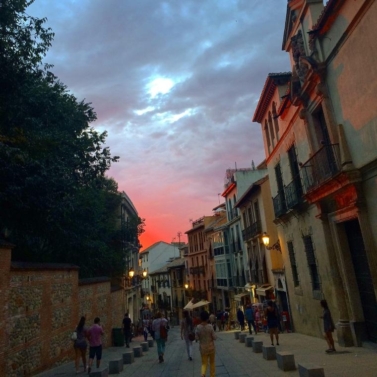 Auf dem Weg von Alhambra zurück in die Stadt
