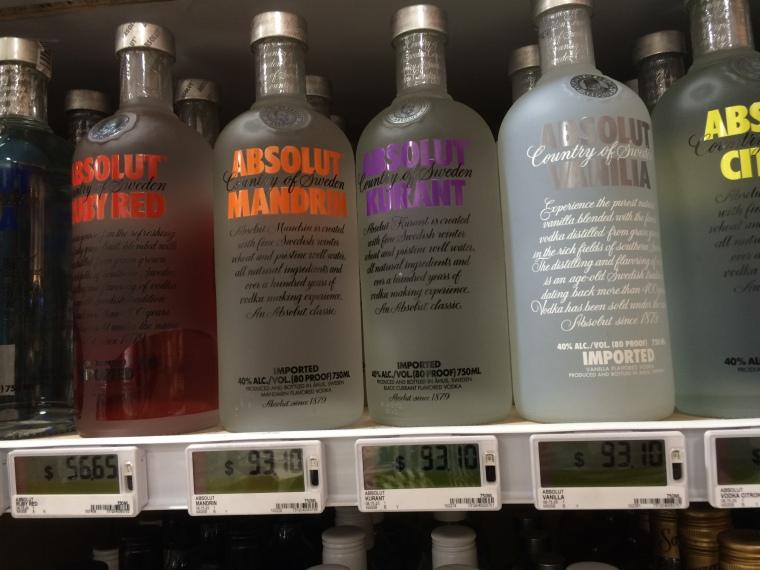 Es ist wahrscheinlich nicht das beste Beispiel aber wer sich vor Augen hält, was so eine Flasche in Deutschland kostet wird auch sehr erstaunt sein!
