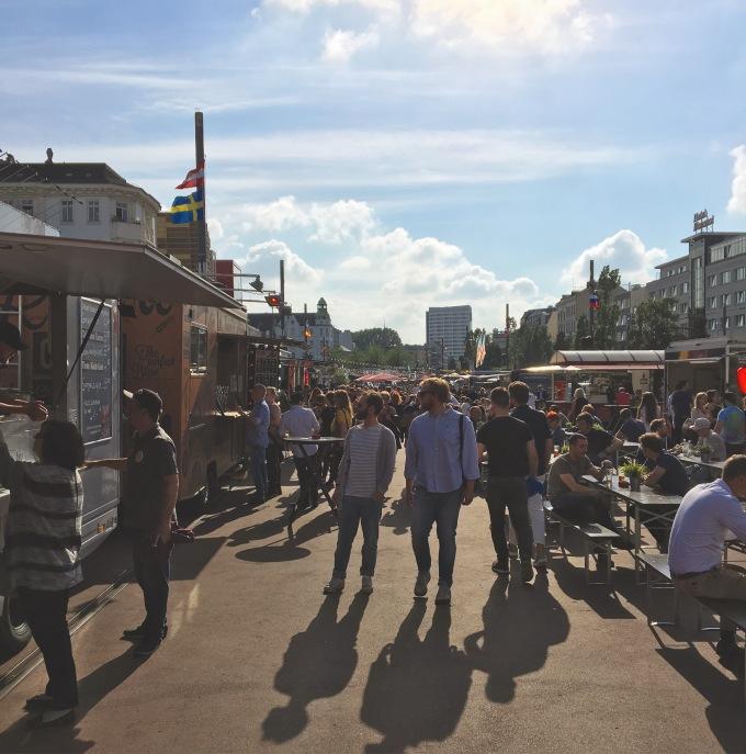 Bei sonnigem Wetter ist der Anblick des Street Food Market einfach der Hammer!